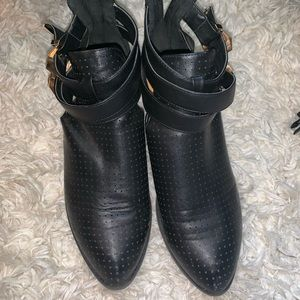Dollhouse Shoes - BLACK AND GOLD BOOTIES SIZE 9